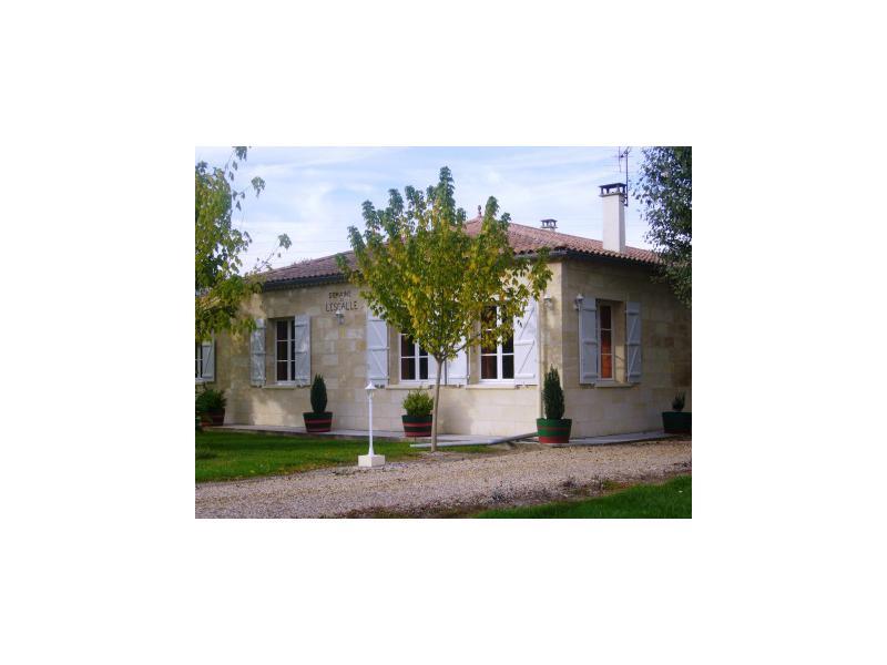 Acheter maison en pierre 19me 210 m2 calliope immobilier for Logement sur bordeaux
